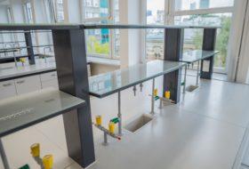 Zdjęcie 5 – Nadstawka laboratoryjna (półka metalowa + szkło mleczne bezpieczne)