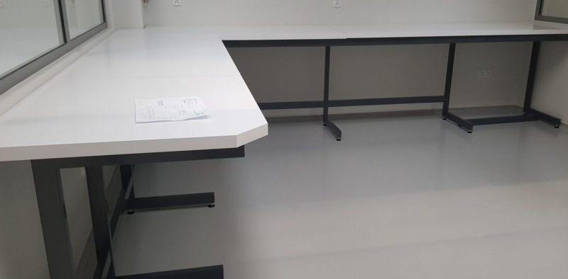 stół laboratoryjny konstrukcja C