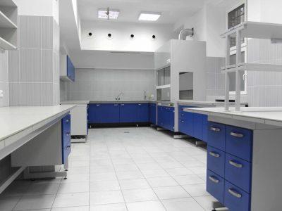 7POLFLEX -meble laboratoryjne - (1024x683)