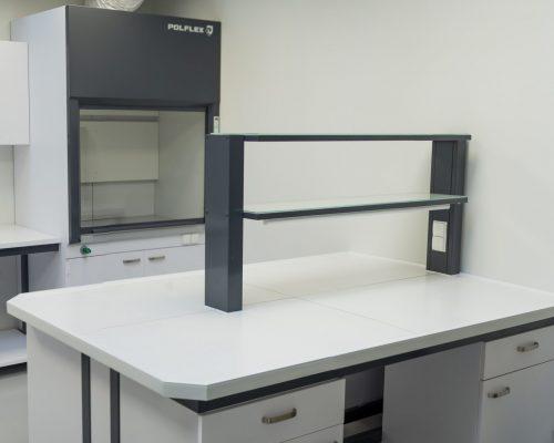 Stół laboratoryjny blat ceramiczny