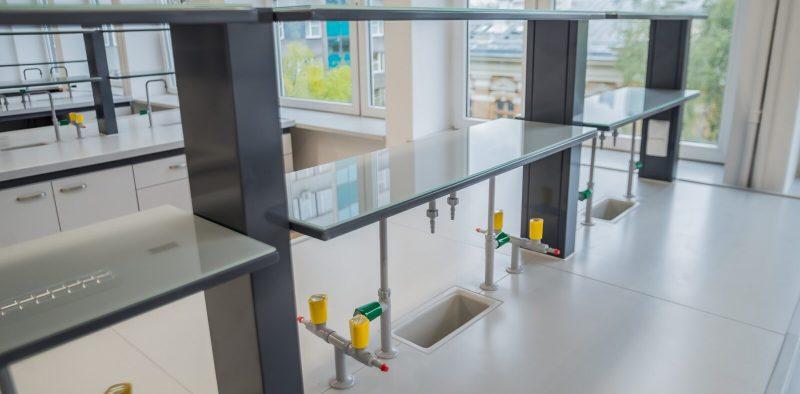POLFLEX nadstawki półki stołów laboratoryjnych