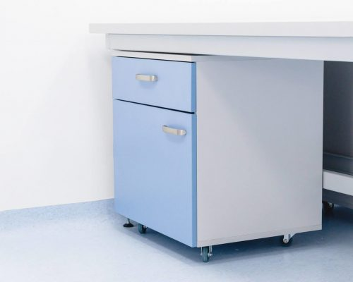 meble laboratoryjne szafka mobilna 1